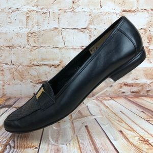 Salvatore Ferragamo 8.5 Narrow Black Flats Loafers